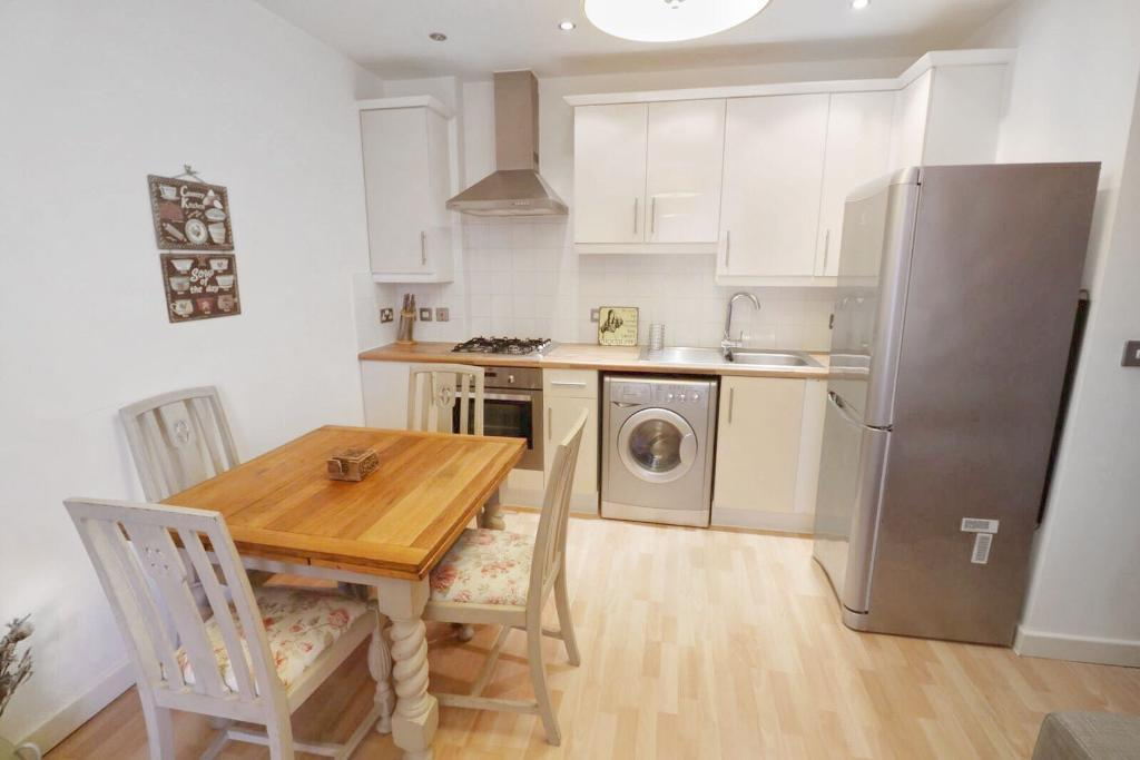 Pengelly Apartments,  Bartlett Mews,  Isle Of Dogs,  London