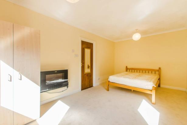 Luralda Wharf, 40 Saunders Ness Road, Isle of Dogs, London, E14
